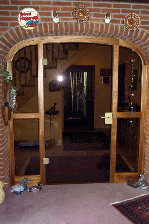 t ren und tore herzlich willkommen bei der tischlerei. Black Bedroom Furniture Sets. Home Design Ideas